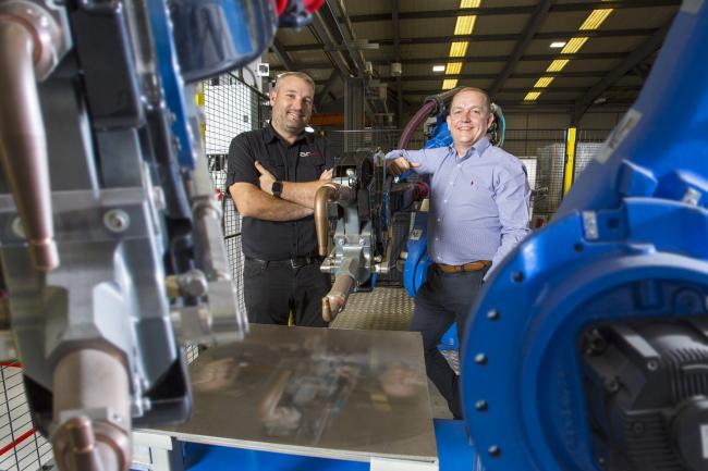Andrew Ramsey (AR Controls) and Giles McCourt (Muckle) with AR Controls' robotics technology